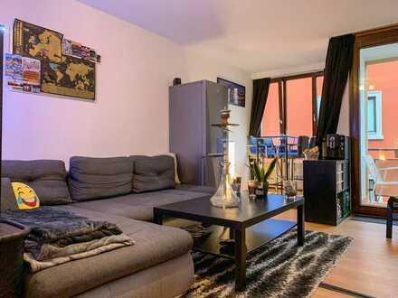 Schöne, geräumige ein Zimmer Wohnung in Würzburg, Neumünster