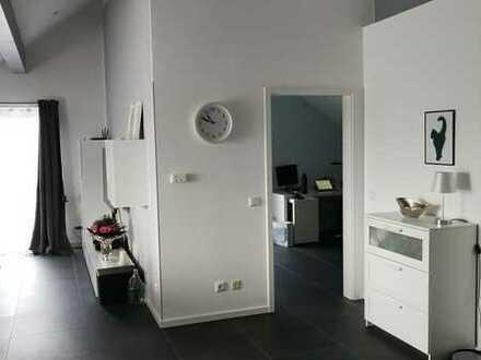 Frisch renovierte 3-Zimmer-Wohnung mit zwei Balkonen, Fußbodenheizung und EBK in 55288, Schornsheim