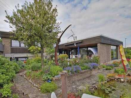 Bungalow mit großzügiger Aufteilung & Garten