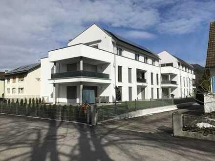 Neuwertige 3,5-Zimmer-Wohnung mit Balkon und Einbauküche in Bad Säckingen-Wallbach