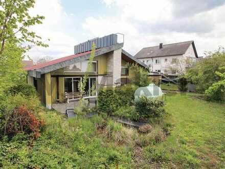 Großzügiges EFH mit ELW, weitläufigem Garten und viel Platz für die ganze Familie