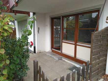 2-Zi.-EG-Whg. mit Terrasse/Einbauküche/Keller, Hobbyraum und 2 Stellplätzen in Daisendorf