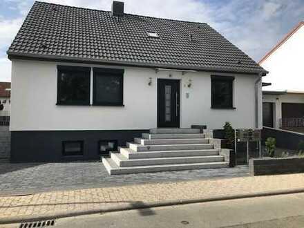 Saniertes modernes Haus mit 5 Zimmern (in zwei Wohnungen aufteilbar) in Weiterstadt Braunshardt