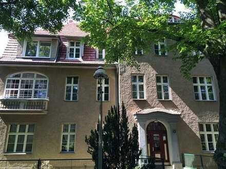 Bild_### ULMANN IMMOBILIEN gemütliche Dachgeschoss-Wohnung in S-Bahn Nähe ###