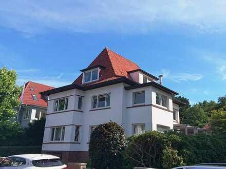 Century21: 3,5 Zimmer Wohnung am Schlossgarten