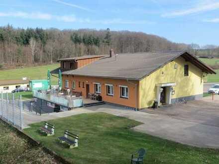 GepflegteVereinsgaststättein herrlicher Lage in Marxzell-Pfaffenrot mit Wohnung