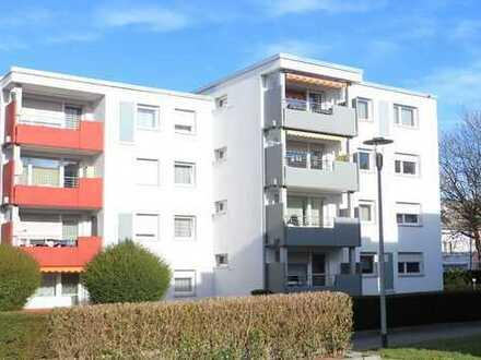 Großzügige 4 ½-Zimmer-Eigentumswohnung mit PKW-Stellplatz im Freien