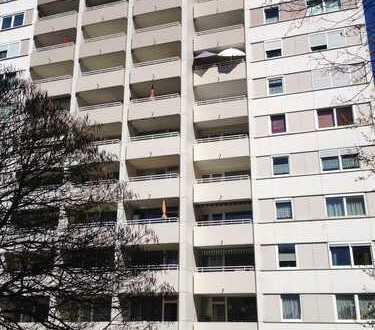 1 Zimmer Appartment mit Balkon zu vermieten!
