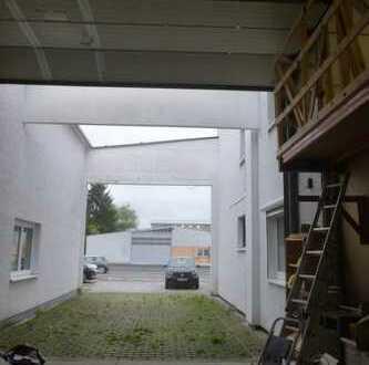 ***Traitteur***Walldorf - Lagerhalle mit viel Potenzial und kleines Büro...