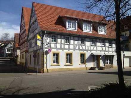 2 Zimmer Wohnung in historischem Gebäude im Ortszentrum von Oberderdingen