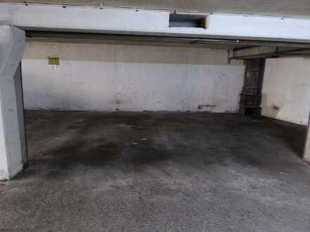 Abgeschlossener Motorradstellplatz o. Kleinauto in Porz-Urbach