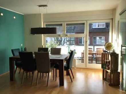 Düsseldorf Hamm: Helle 3-Zi.-Wohnung, 85 qm, 2 Balkone, Garage, von privat