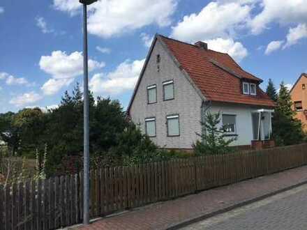Handwerkerhaus mit tollem Grundstück