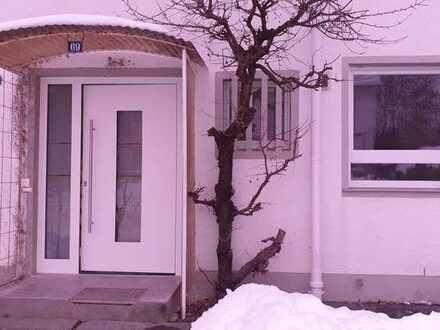 Schönes und modernisiertes 4-Zimmer-Reihenhaus zur Miete in Überlingen