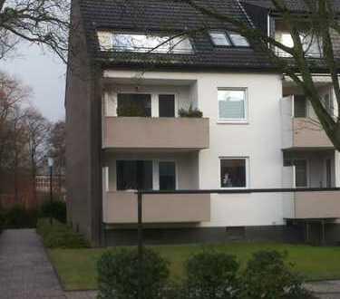 Schöne drei Zimmer Wohnung mit Loggia in Bremen, Vahr
