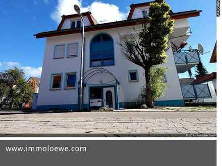 *MODERN & SONNIG* Sofort beziehbare 4 Zimmer Dachgeschosswohnung mit Loggia