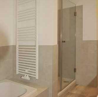 Geräumige 4-Zimmer-Wohnung wunderschön saniert!