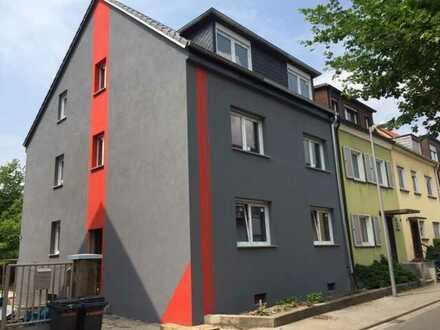 Sanierte Wohnung mit Terrasse