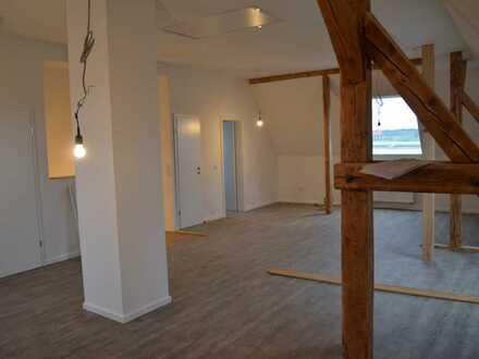 Erstbezug nach Sanierung mit EBK und Balkon: geräumige 4,5-Zimmer-Wohnung in Hamm