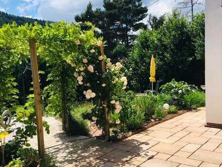 Gartenoase - 3-4 Zimmer-Wohnung mit eigenem Garten