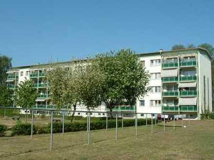 2-Raum-Wohnung mit Balkon im 2. Obergeschoss