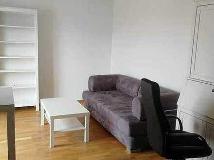 Modern möblierte 2-Zimmer-Wohnung in der Studentenstadt Pentling