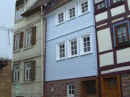 Haus*Klein und Fein*Steinau a.d.Straße*Flur*Küche*Hausw.Raum*Tages-Bad,sp.WC*