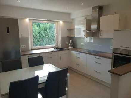 Hochwertig Renovierte Eigentumswohnung mit Einbauküche / Provisionsfrei
