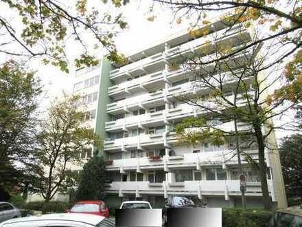 Ch.Schülke-Immobilien; Große 3-Zimmer-Etagenwohnung mit Balkon und Blick über die Dächer Freisings