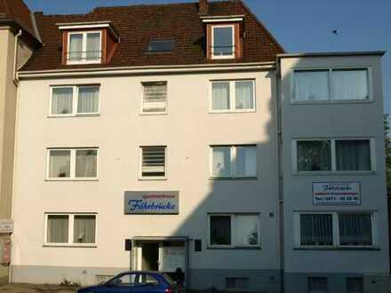 Frei.... Ab sofort....möblierte 1 Zimmer-Wohnung, mitten in Geestemünde an der Geestebrücke zur Inne