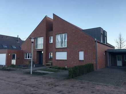 Exklusives Einfamilienhaus mit ebenerdiger Einliegerwohnung in Sackgassenlage von Ahaus