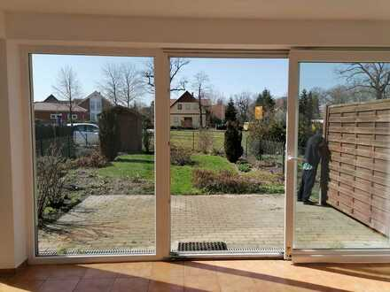 ***Selten: Erdgeschosswohnung mit Terrasse & Winter-Garten***
