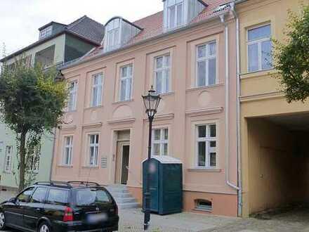 Exklusive 2-Zimmer-Wohnung in TOPLAGE (Altstadt/Seenähe)