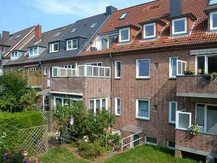 Top gepflegte Eigentumswohnung mit eigenem Garten und gr. Garage in Kiel-Blücherplatz/Düsternbrook