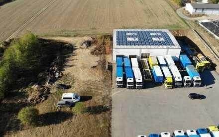 DAS AREAL: 9.989 m² ! 1 Halle: 960 m²! +++ 3.500 m² Stellplatz ! +++