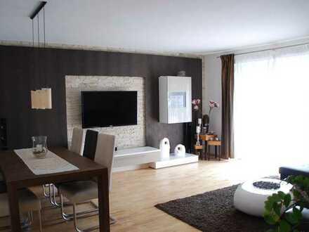 Stilvolle, gepflegte 3-Zimmer-Wohnung mit Balkon und Einbauküche in Karlsruhe