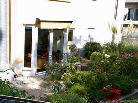 Ruhige Gartenwohnung im Hinterhaus und doch zentral