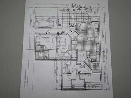 **EXKLUSIV WOHNEN** Souterrain-Wohnung+Terrasse+Gartenanteil+2 PKW Stellplätze