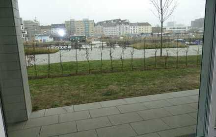 Lichtdurchflutete 3-Zi-Wohnung mit Terrasse und Gartenanteil
