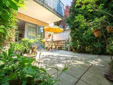 Vermietete 2 2/2 Zimmerwohnung mit schöner Terrasse und Garagenstellplatz im begehrten Bahrenfeld /