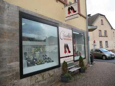 Büro/Ladengeschäft im Herzen von Kleinwallstadt