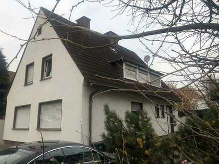 Freistehendes 2-Familienhaus