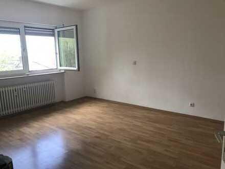 Schöne 2-Zimmer-Wohnung in gepflegtem MFH