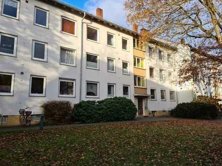 Gemütliche 3 Zimmer-Eigentumswohnung mit Garage in ruhiger Wohnlage von St. Magnus!