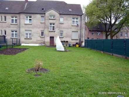 4 Familienhaus mit großem Garten und nicht ausgebautem Dachgeschoss