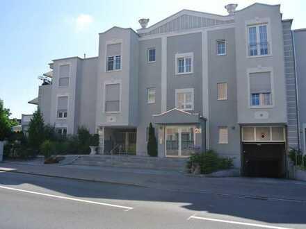 Sehr attraktive, helle 3-Zimmer-Wohnung - mit Garten & Terrasse - Top gepflegte Wohnanlage