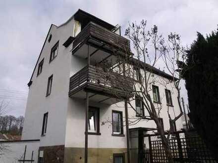 4 Wohneinheiten zum Modernisieren - Stabiles Mehrfamilienhaus in gemütlicher Vorortlage