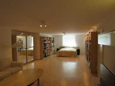 1 grosses Zimmer mit Bad frei im EFH Kleinmachnow