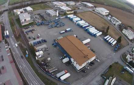 11.000 m² Fläche mit 1.000 m² Werkstatt/Büro direkt an A6