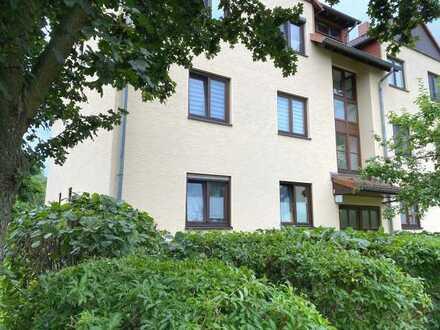 Kapitalanlage: 3 Zimmer plus Souterrain, Garten, Stellplatz